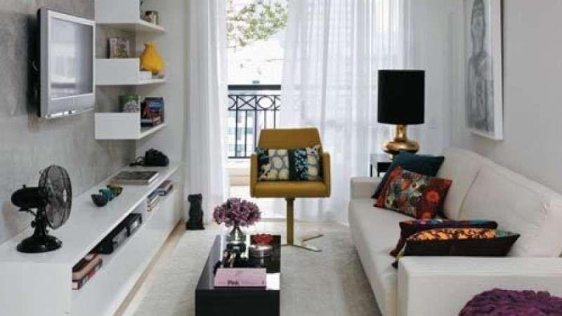 Arredare un salotto lungo e stretto nel 2020 arredamento for Arredare soggiorno rettangolare