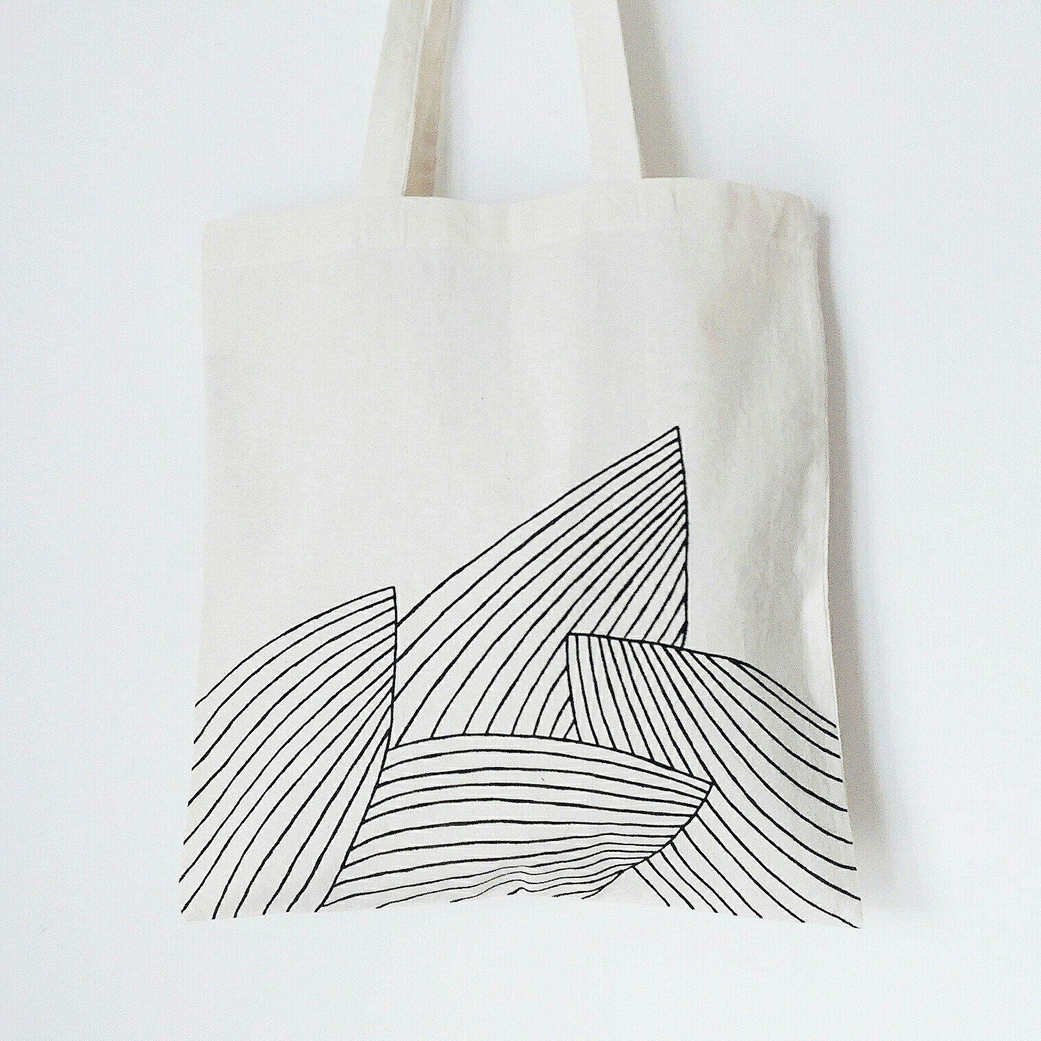 Palm leaves TOTE BAG, hand painted, tropical, minimalist, banana bag, grocery bag, reusable bag, shoulder bag, plant bag, plant lady bag #bagsdesigner