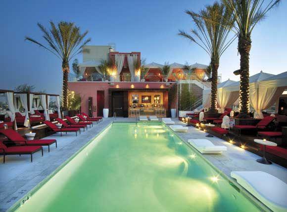 Drai S Nightclub W Hollywood Pool