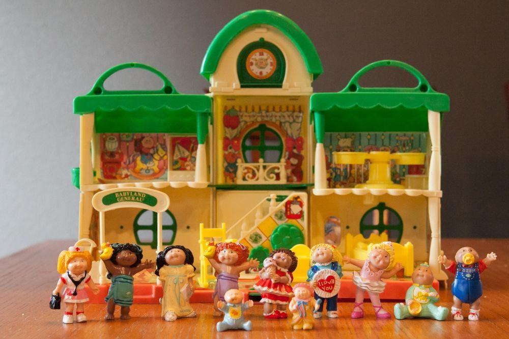 Vintage 1984 Cabbage Patch Kids Babyland General Hospital House Plus 11 Figures Cabbage Patch Kids Cabbage Patch Kids