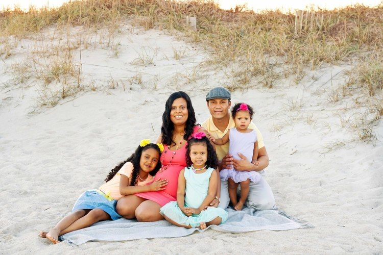Wrightsville Beach, NC Maternity session Tiffany Abruzzo Photography