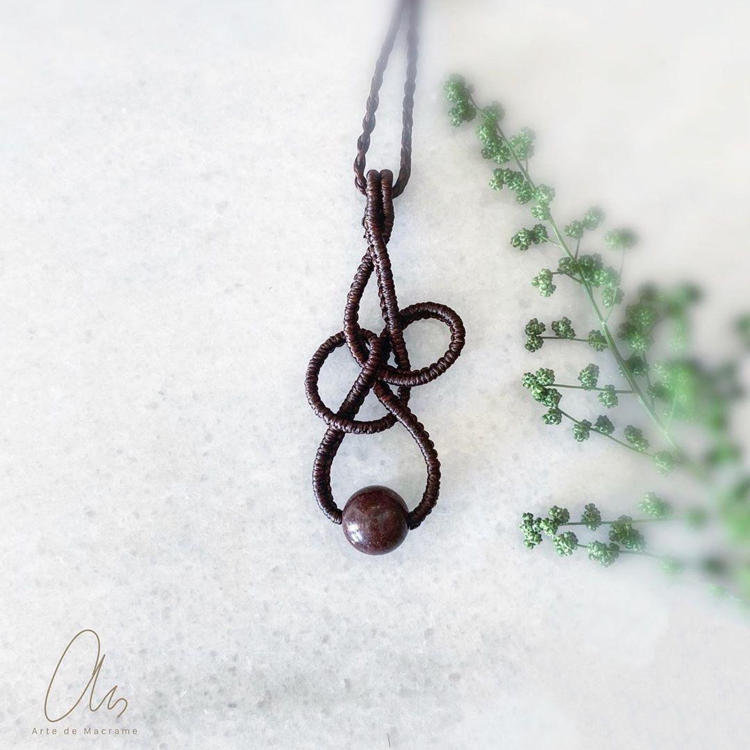"""Arte de Macrame on Instagram: """"#macrameart #macramecreations #handmadejewelry #jewelrydesigner #macrameartist #uniquejewelry #micromacrame #macramenecklace #agate…"""""""
