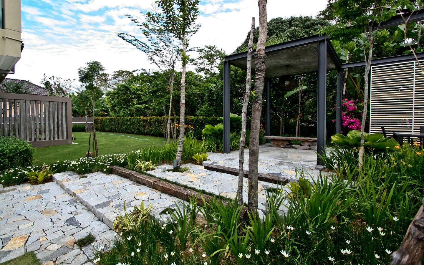 Mr. Yong's Bungalow - LANDART DESIGN | Landscape ...