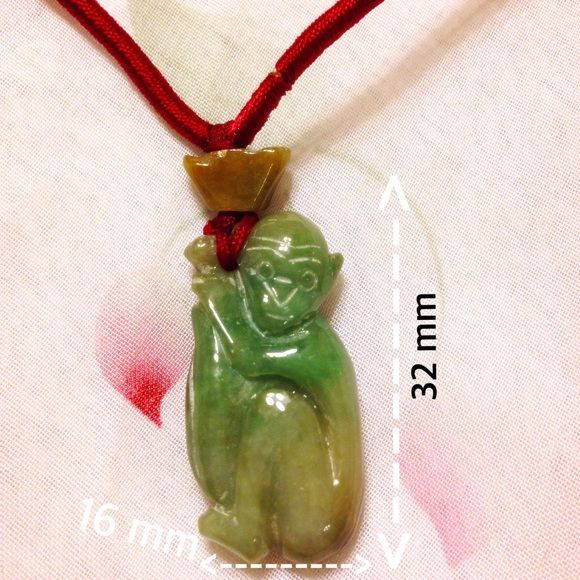 🌹This  luck  monkey necklace  is real jade🌹 This  nice and luck monkey necklace  is real jade. It is natural and grade A jade. It has green and yellow togetherit is Ru yi and luck. Real Jade as a mascot to wear, it will  bring numerous good wishes and dreams.The necklace diameter is 340 mm ,the length is adjustable.important Notice: the photo and Size if there is deviation,in order to prevail in kind. Jewelry Necklaces