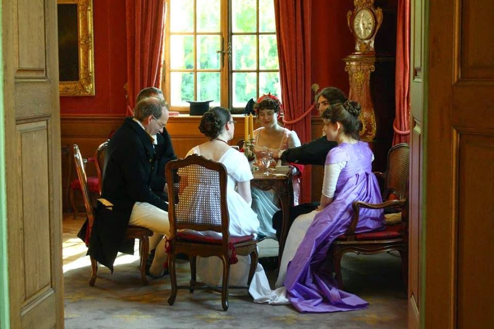 Kleidung um 1800: Bal à Wenkenhof