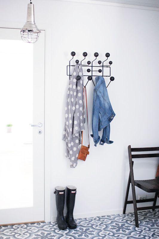 Hang It All Garderobe Von Vitra. Wenn Mehr Als Ein Garderobenhaken Vonnöten  Ist, Empfielt