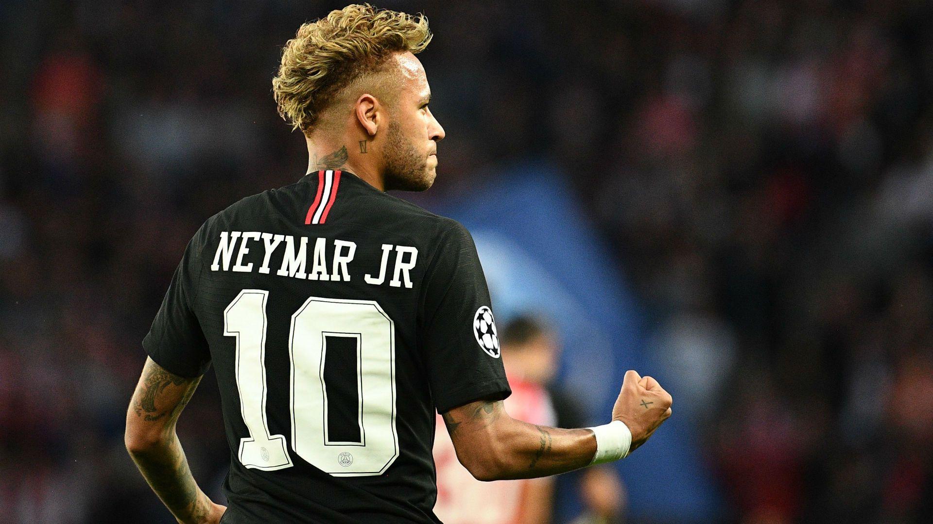 O Neymar perfeito adulto, leve, craque e decisivo