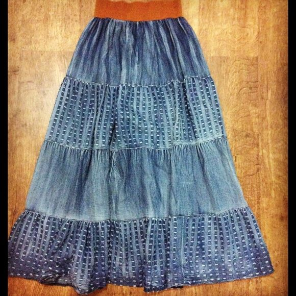 •denim maxi skirt• Denim maxi skirt with elastic waste band. 100% cotton. Magic Skirts Maxi