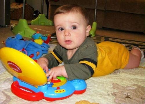 What are the best educational baby toys for 0 - 6 month ...