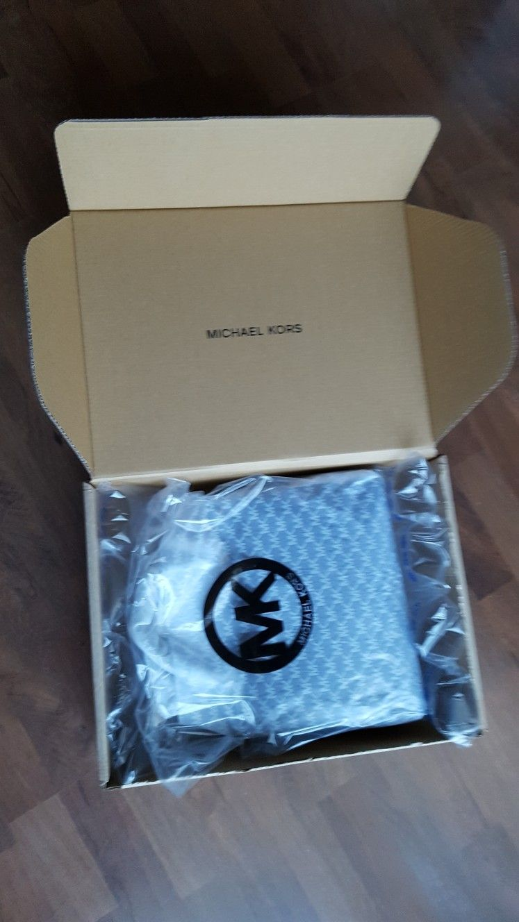 c6511a1583 Michael kors anabelle unboxing