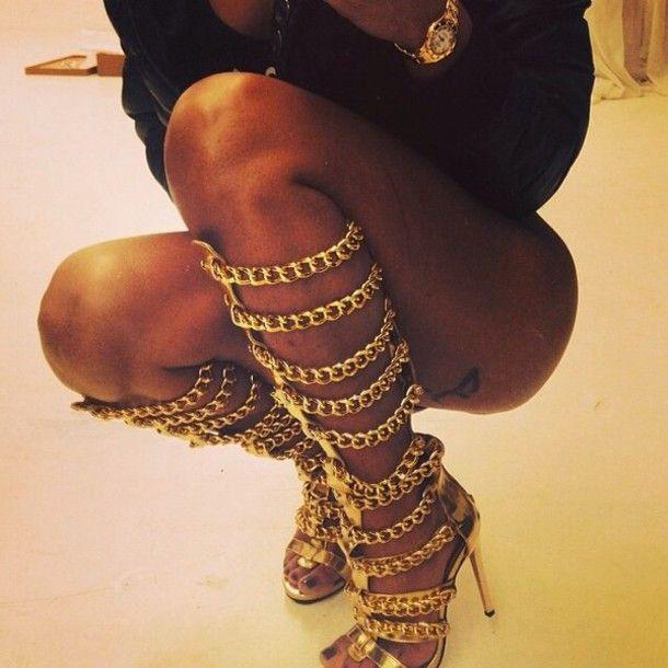gold chain-dope-cute high heels-dope heels-overknee boots-heels