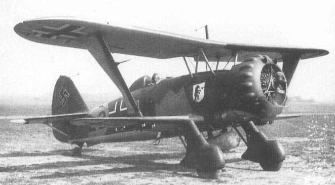Henschel Hs123A1 Phased out of production before the War in the Polish campaign these aircraft proved unbelievably useful