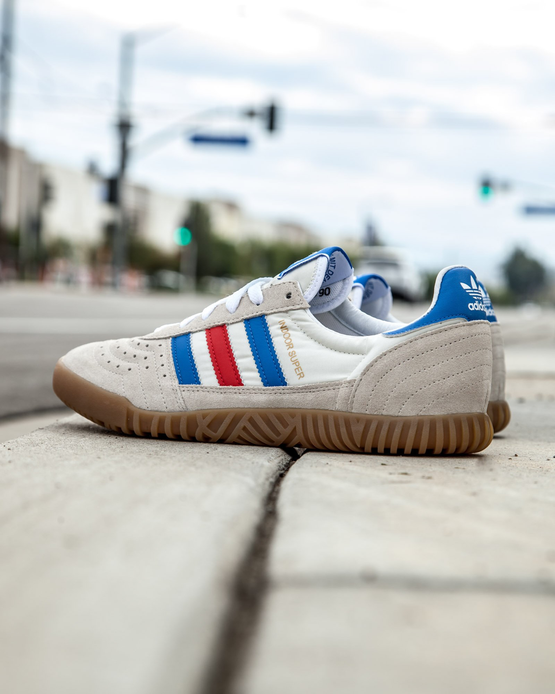 more photos b4db2 ed37f Adidas Mens Indoor Super SPZL in chalk white  bright royal