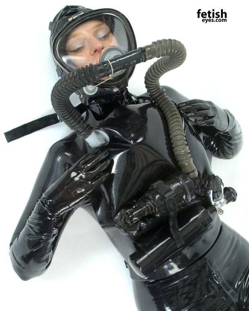 lesbian rubber bondage