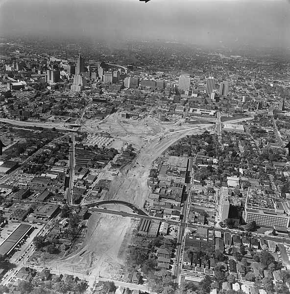 1962 View Of The Downtown Connector Under Construction At The North East Expressway Now Freedom Parkway Atlanta 1962 Georgia History Atlanta History