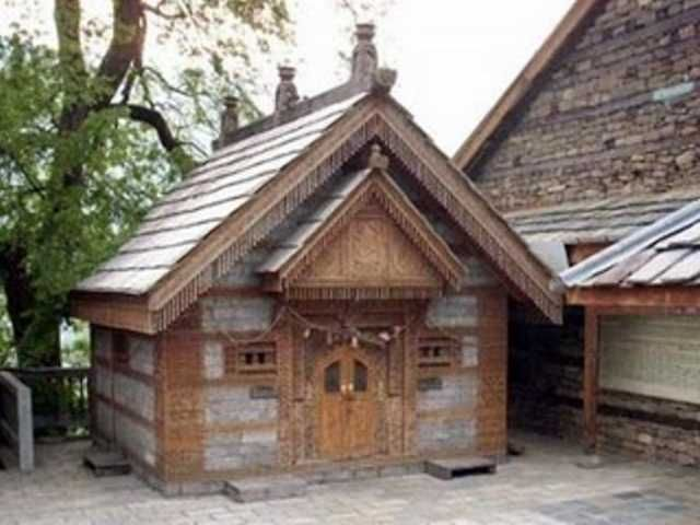 Looking for Honeymoon in Manali where valleys of Himalayas covered with snow and the outlook which will tempt us.  http://www.kullumanalihoneymoonpackage.org/manali.html