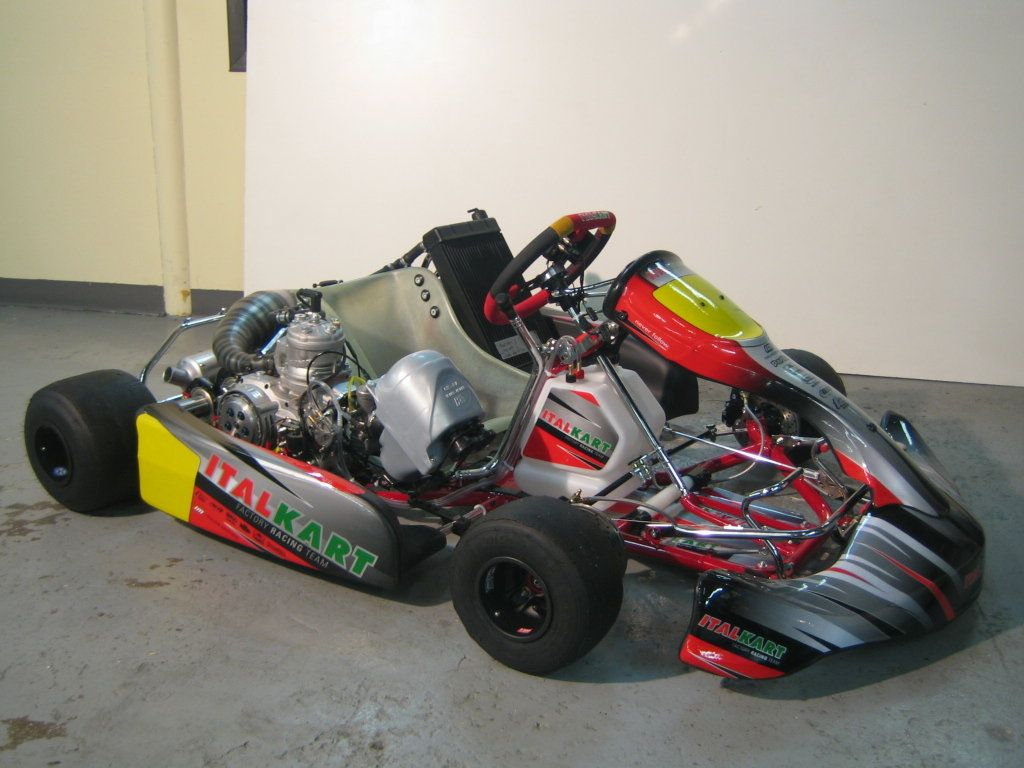 ItalKart with ICC shifter motor and KG APE-1 airbox