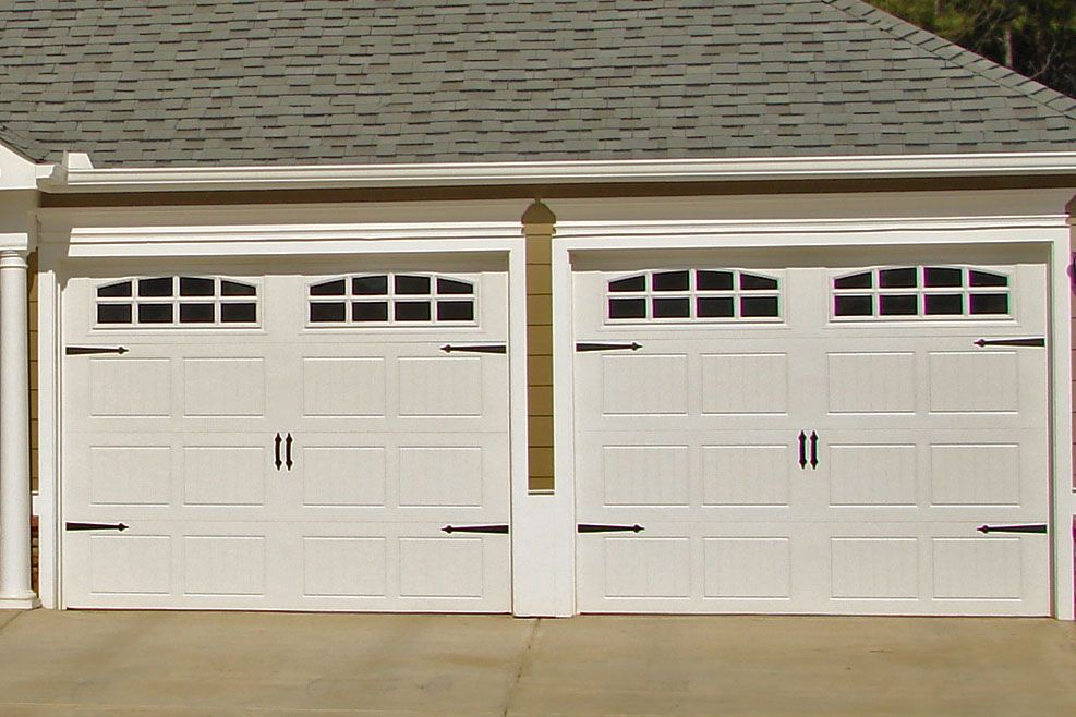 9x7 182 Door With Cascade Windows Carriage Hardware Www Windsonglife Com Garage Design Garage Doors Carriage Doors