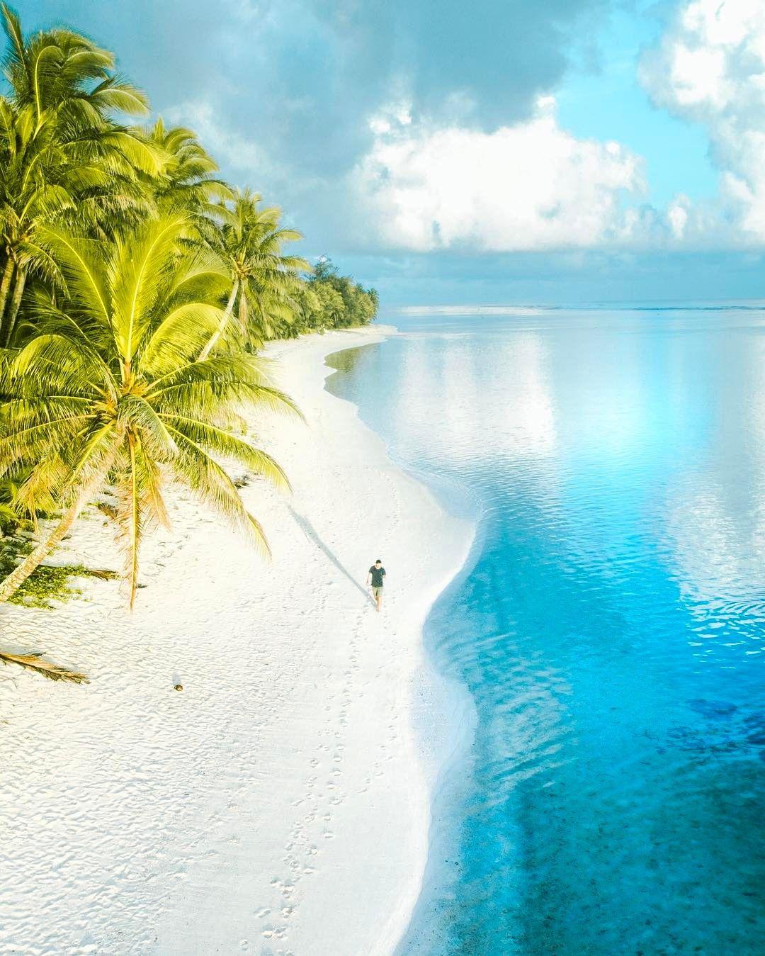 Solomon Islands Beach: Rarotonga, Cook Islands, Ph: Eric Rubens