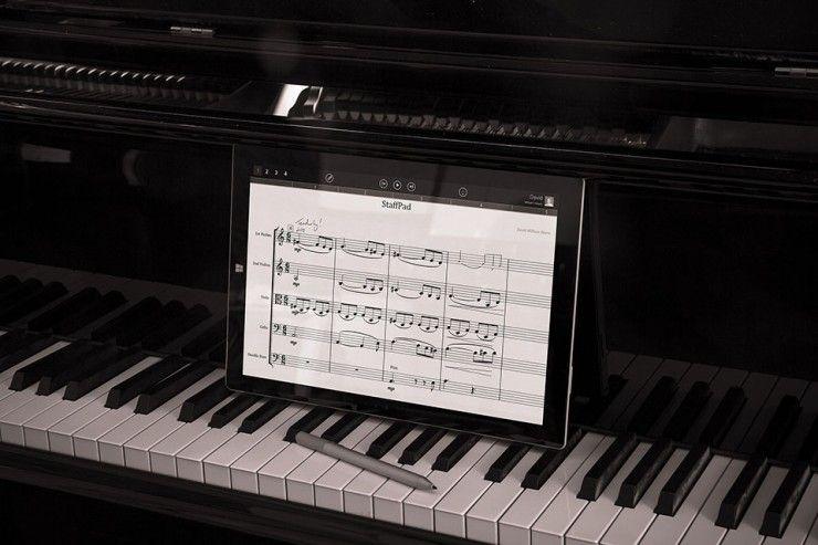 StaffPad App and Microsoft Surface Write music digitally