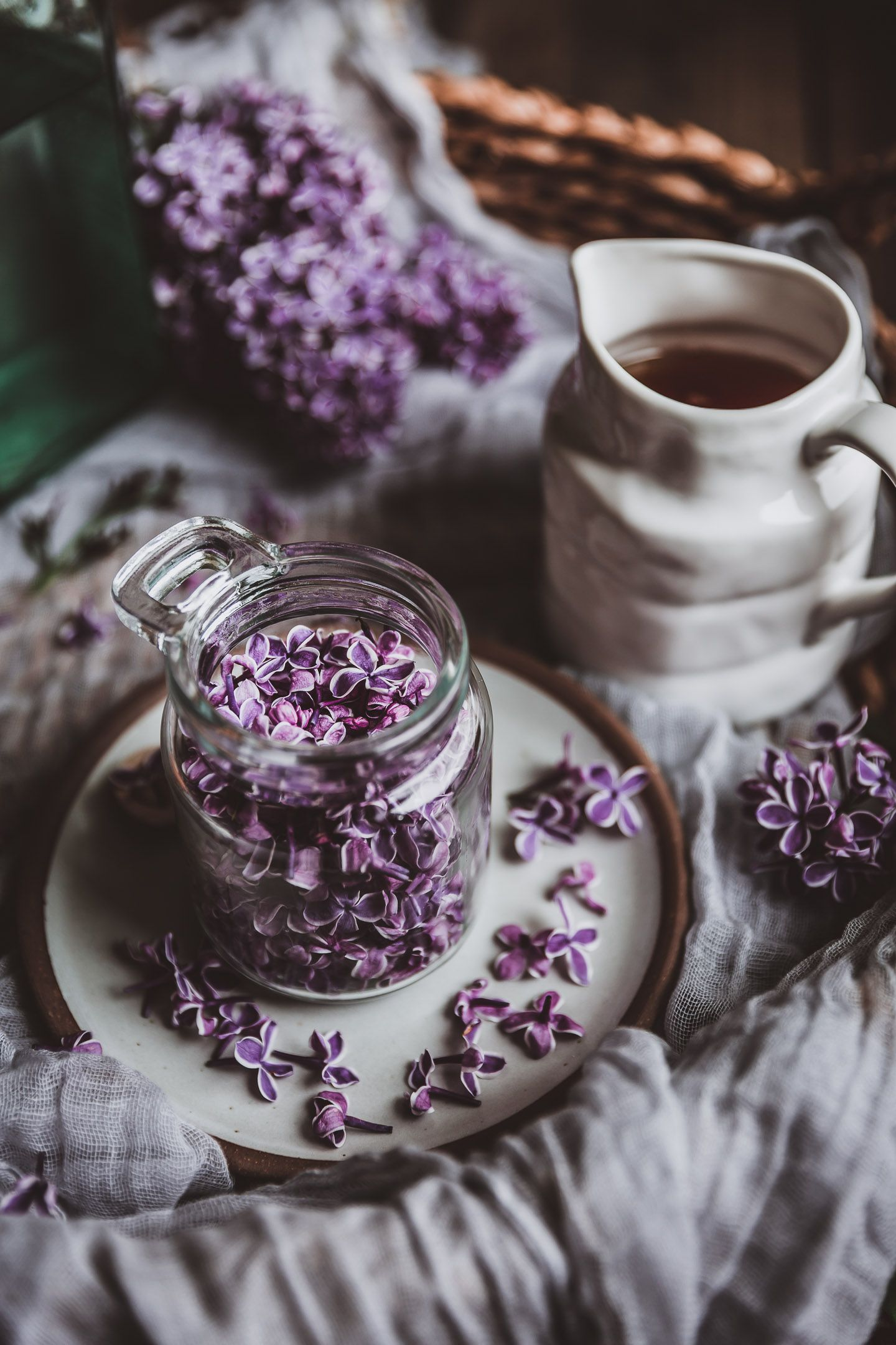 Lilac Honey Infusion Recipe In 2020 Dark Food Photography Lilac Tea