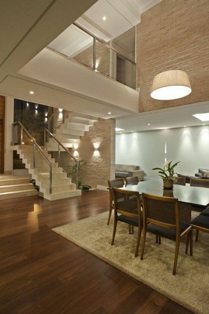 Treppe Glasgeländer Weiß Und Moderne Sitzecke
