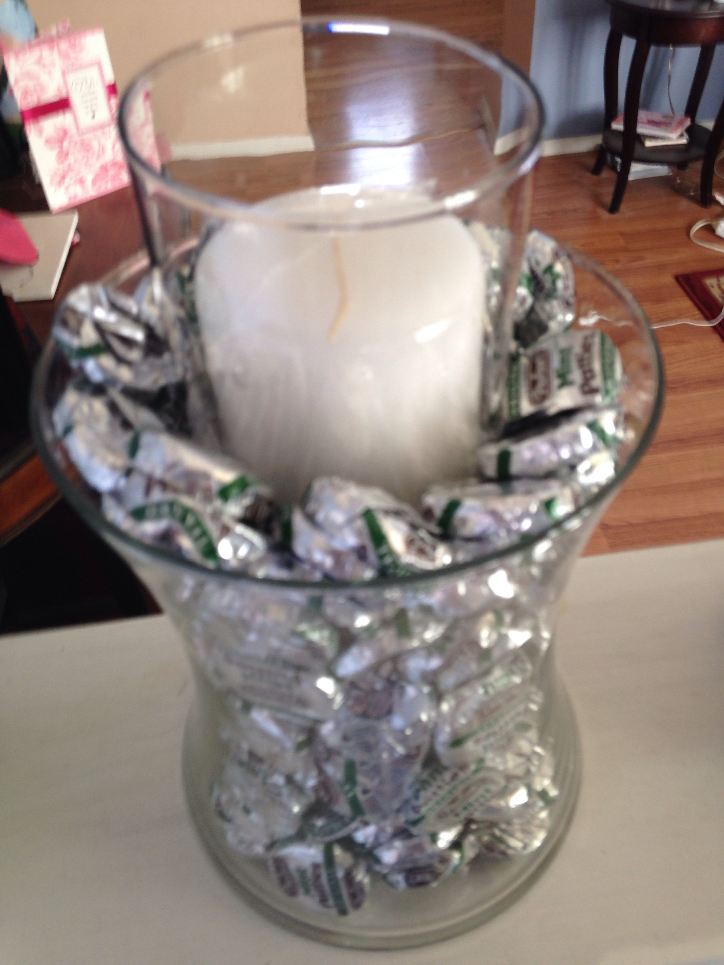 Candy jar center piece mints