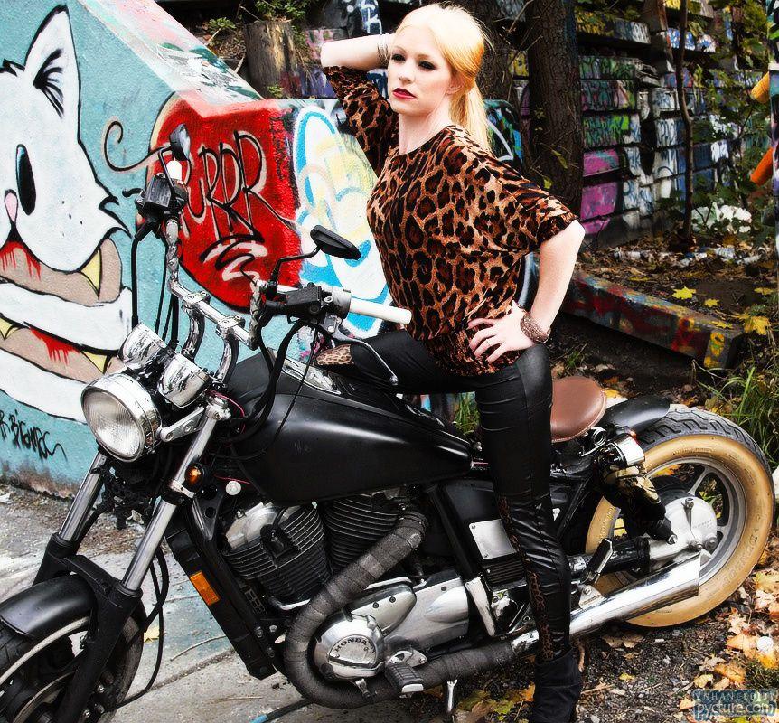 ANIMAL PRINT TOPS , best seller & pre-leather leggisn are INN..!!