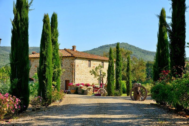 Yoga Retreats in Tuscany Italy in private villa Tuscany