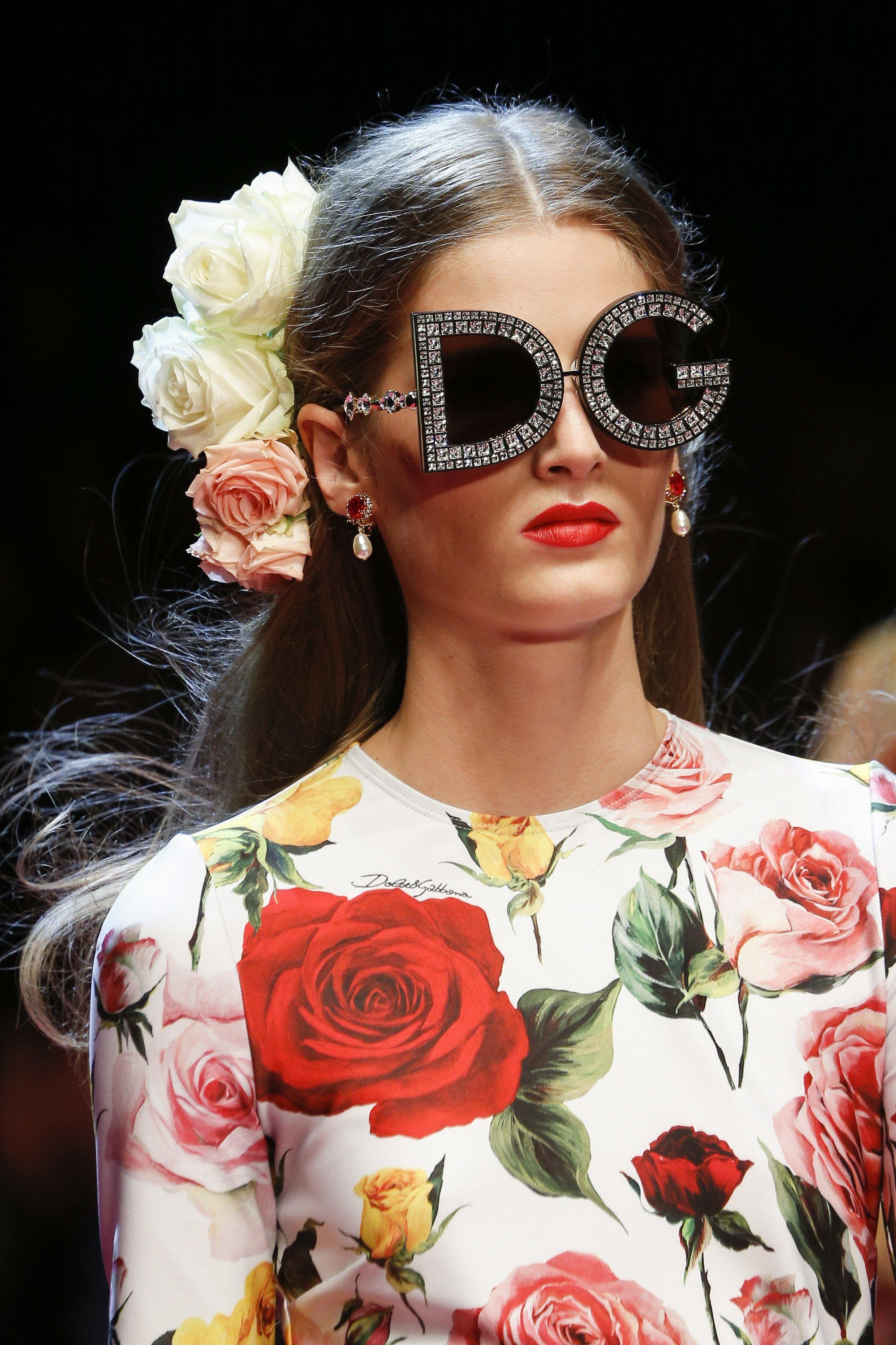 bc732b7ccfff See detail photos for Dolce   Gabbana Spring 2018 Ready-to-Wear collection.