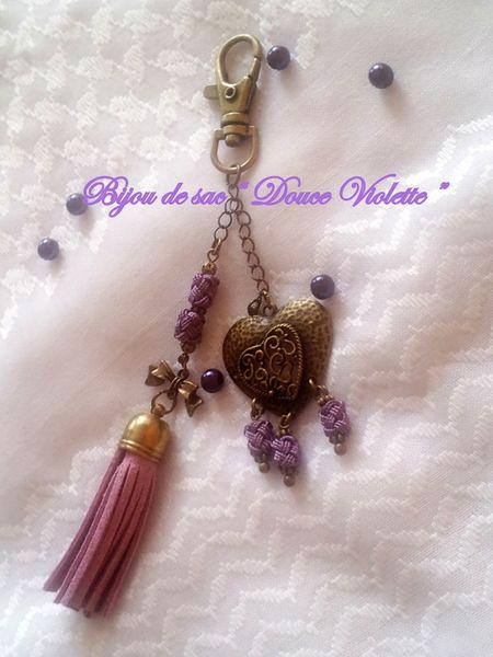 Pour embellir votre sac d'une touche d'élégance et de raffinement ...