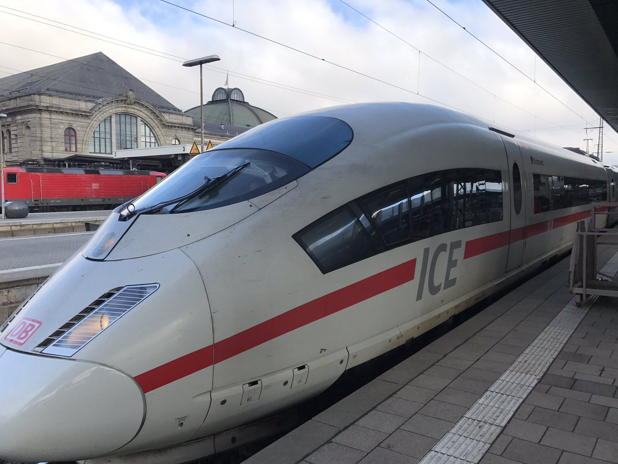 siemens velaro ice 3 db 403 in germany 330 km h deutsche bahn pinterest speed training. Black Bedroom Furniture Sets. Home Design Ideas