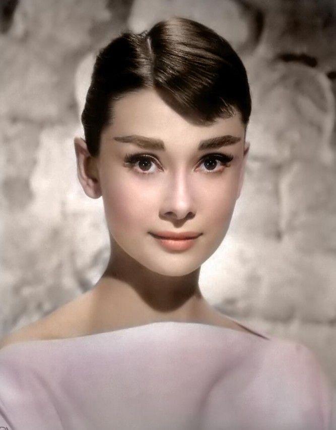 New Audrey Hepburn Frisur Frisur Audrey Hepburn Audrey Hepburn Promi Portrats
