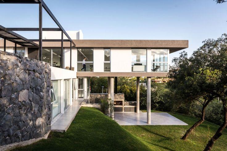 Modern House Design : 367 House by architect Mateo Ponce de León ...
