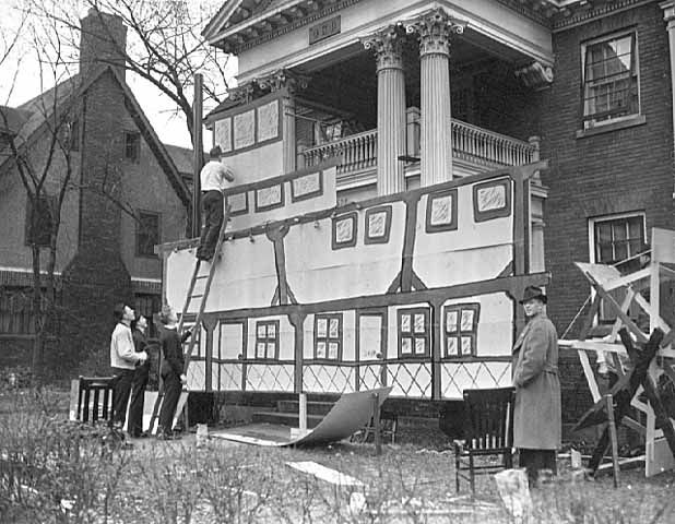 A University Of Minnesota Fraternity Takes Part In Decorating The Front Their House During Homecoming 1937 Tradition That S Carried On To This Day
