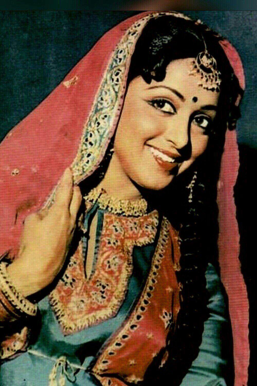 раскрываем актриса индийского кино малини фото наоборот, как омут
