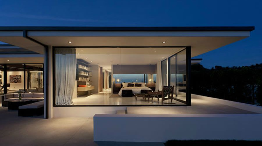 Modern and Sophisticated Master Bedroom Design of Cole House by ...