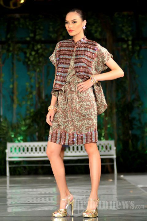 Batik Keris Fashion Show  KEBAYA indonesia  Pinterest  Kebaya