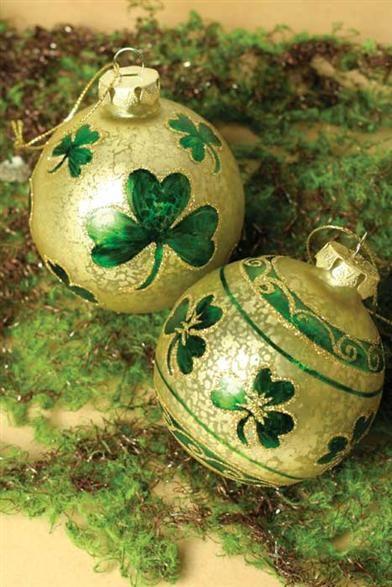 O Reilly S Orbs Pair Irish Glass Ornaments Clover Ornaments Celtic Christmas Irish Christmas Irish Christmas Decorations