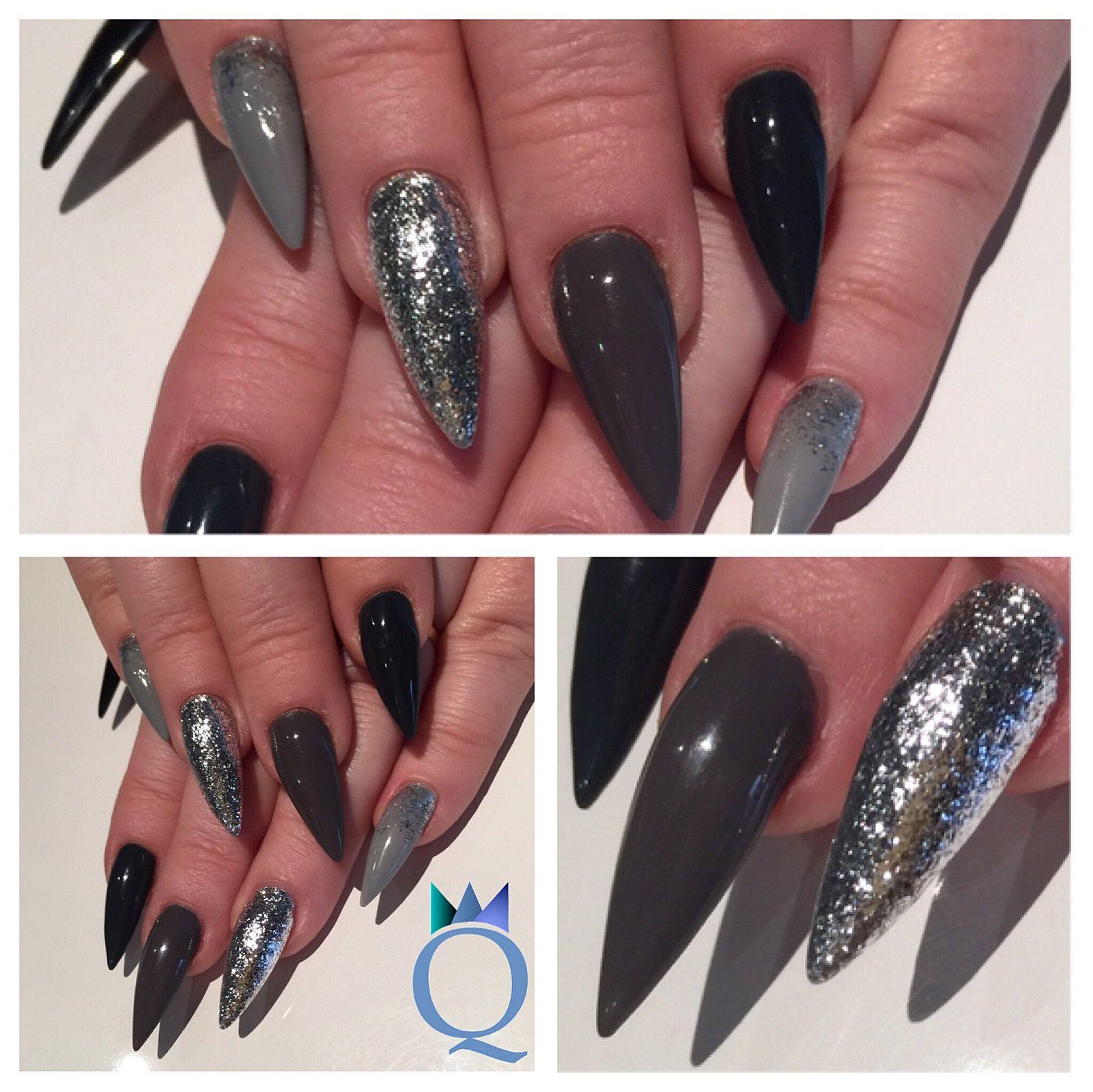 stilettonails #gelnails #nails #grey #silver #stiletto #gelnägel ...
