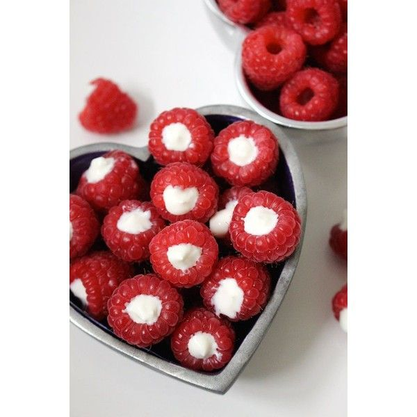 15 Quick Easy Snacks to Munch On While Studying ❤ liked on Polyvore featuring home and kitchen & dining