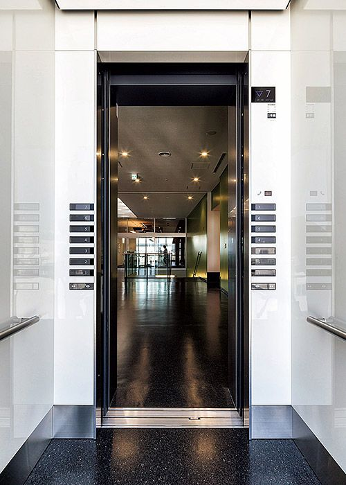三菱エレベーター エスカレーター納入事例 大日本住友製薬新化学研究棟 三菱電機 エレベーター エスカレーター 事例
