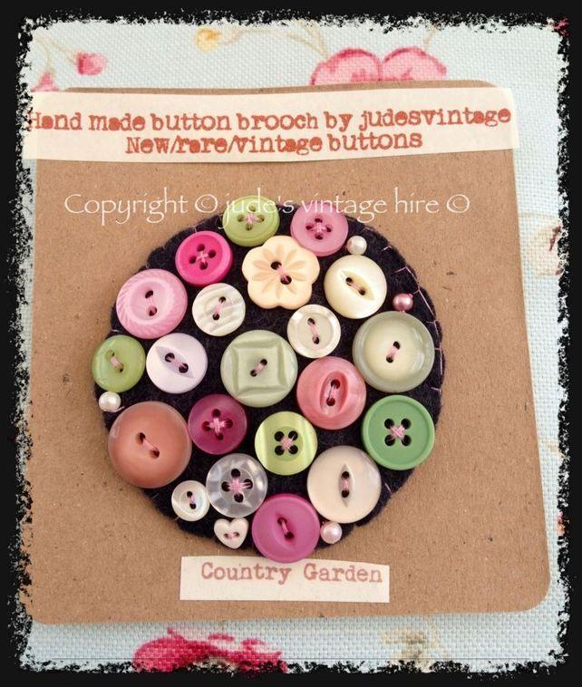 Vintage button felt brooch 'Country Garden' £5.99