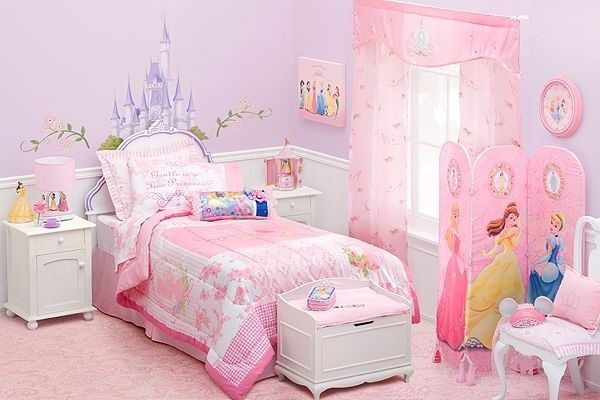 20 Cute Purple And Pink Bedrooms For Girls Fun Bedroom Ideas Princess Theme Bedroom Princess Bedrooms Carriage Bed
