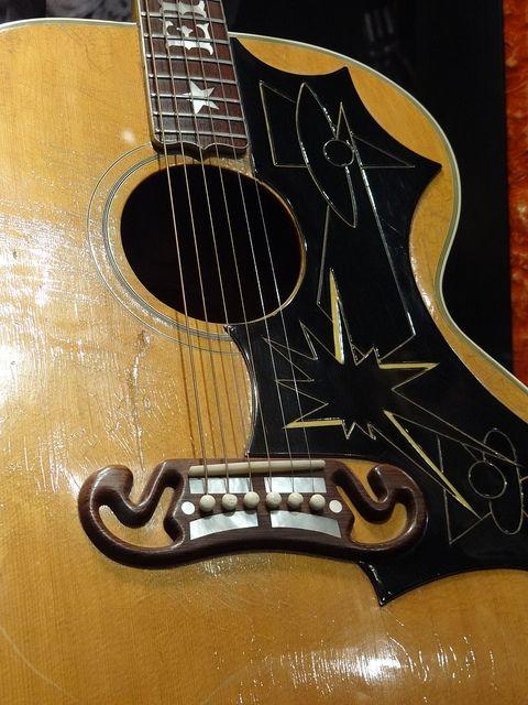Detail Of Elvis S Gibson Guitar Graceland Elvis Presley Mansion Memphis Tennessee Usa Graceland Elvis Graceland Elvis Guitar