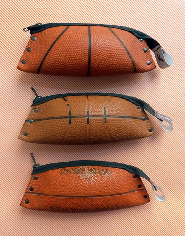 Des Ballons De Basket Recyclés Et Transformés En Sac Et En