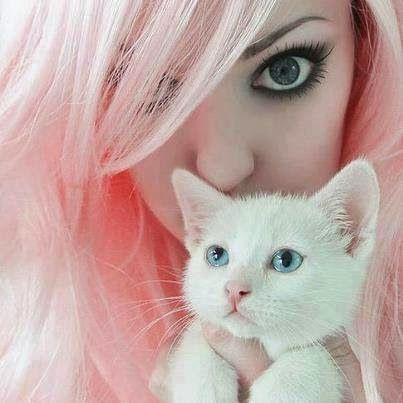 Girl Hide Face With White Cat Dp Facebook Display Pictures Cute Eyes Cute Eye Makeup Eye Makeup Styles