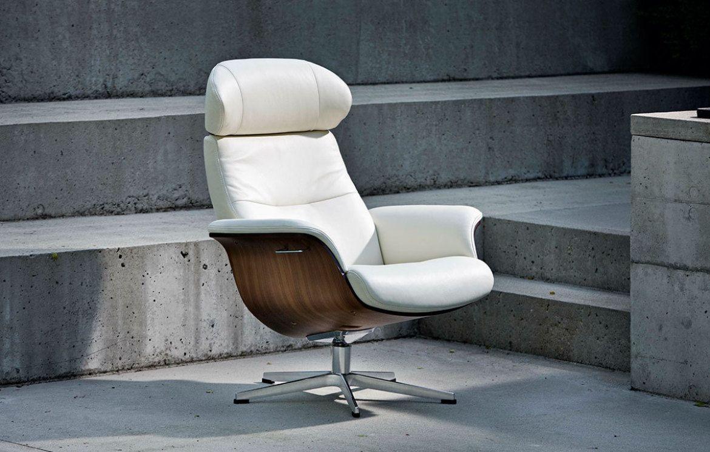 conform timeout relaxsessel x fu aluminium leder fantasy wei sitzschale walnuss conform. Black Bedroom Furniture Sets. Home Design Ideas
