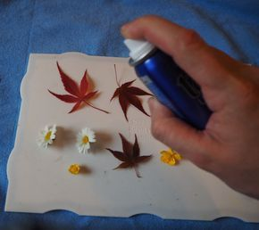 Techniques to Embed Flowers in Resin