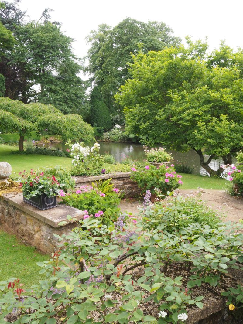 Beautiful British Gardens Coton Manor Northamptonshire